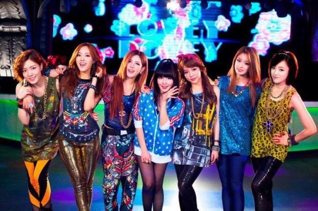 """T-ara Reveals Full Japanese MV for """"Lovey Dovey"""""""