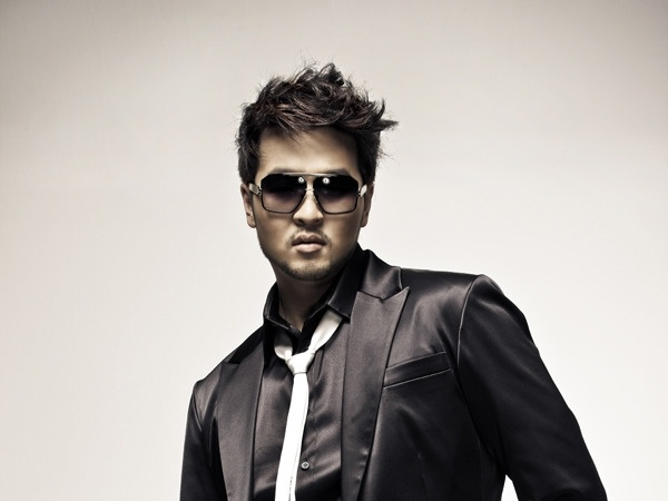 Artist of the week – Kim Tae Woo
