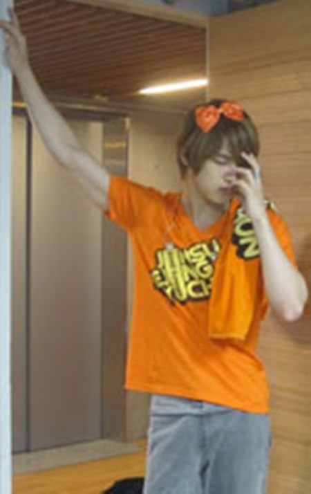Jaejoong Dresses Up as Orange Caramel
