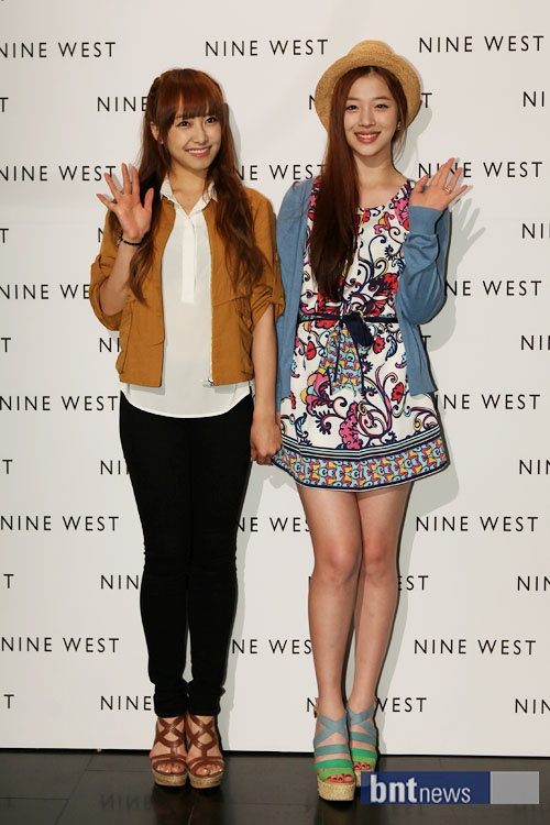 Victoria and Sulli Radiate Their Charms through Contrasting Styles