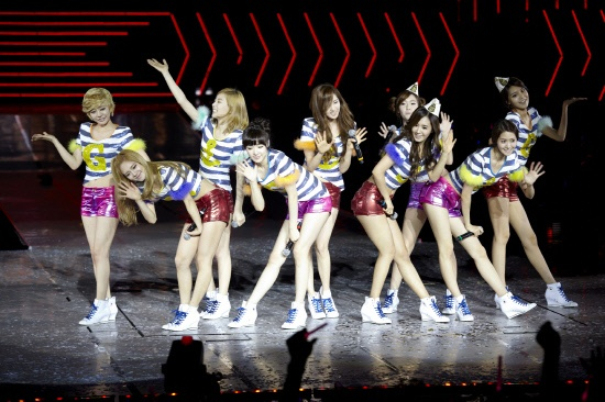 """SNSD Joins Eminem and Lady Gaga's Music Label for """"The Boys"""" Maxi-Single"""
