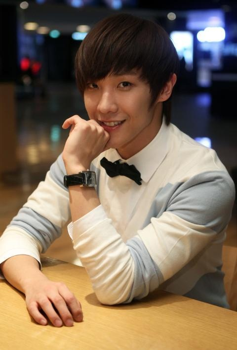lee-joon-cast-in-i-need-an-angel_image