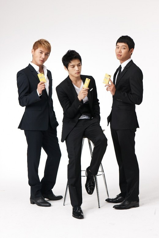 Behind the Scenes Footage of JYJ's CF for Penzal Q Released