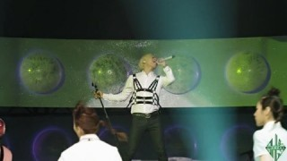 daesung-performs-wings-on-yg-on-air_image