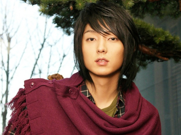 Lee Jun Ki's Official Response to Dating Rumors