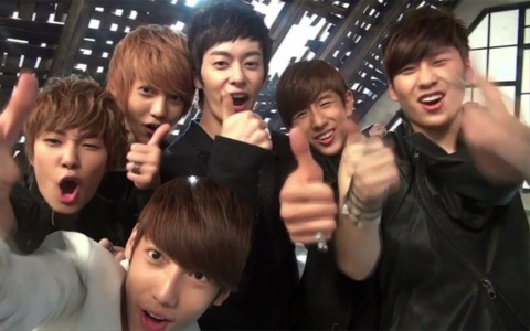 """Boyfriend Releases Their Making of """"Don't Touch My Girl"""" MV"""