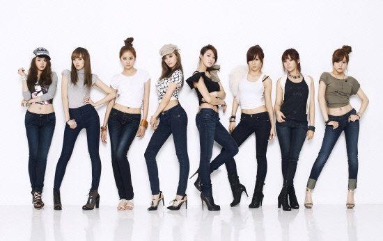After School As Models for Samantha Thavasa