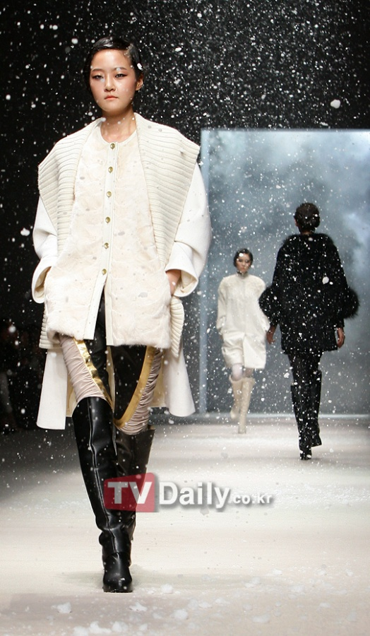Lie Sang Bong, 2011 F/W Seoul Fashion Week