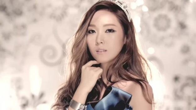 Girls' Generation's Jessica Shares Birthday Party Photos Taken by Tiffany