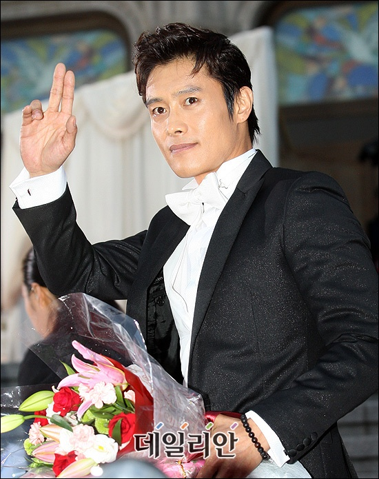 whos-the-highest-paid-actor-in-korea_image
