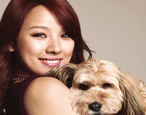 Lee Hyori Donates to Help Old Woman Keep Her House