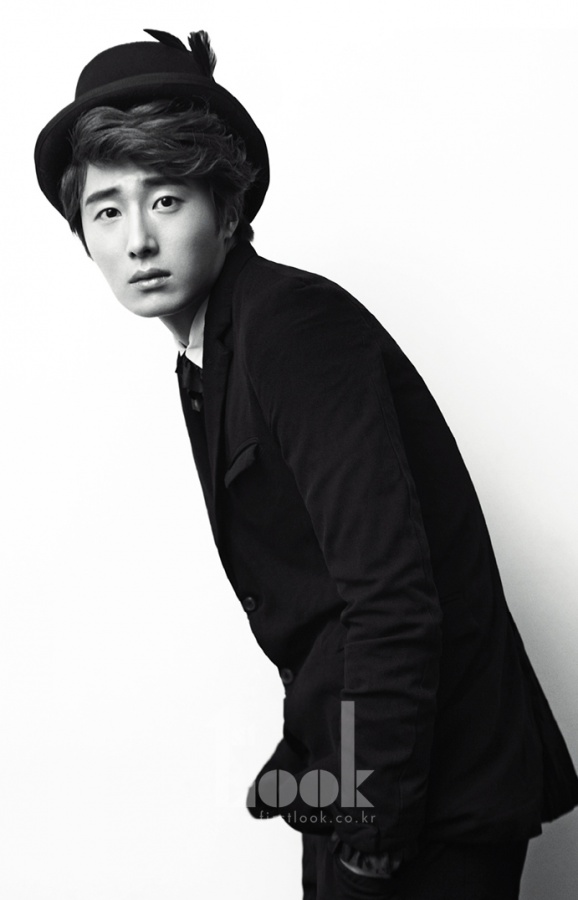 """Jung Il Woo: """"If I Don't Work Hard, It Shows."""""""