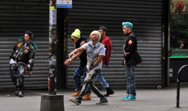 Big Bang Spotted on the Streets of Harlem