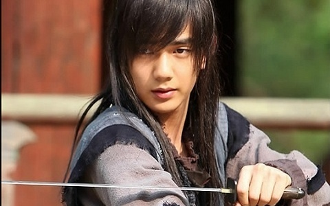 Warrior Baek Dong Soo: Yoo Seung Ho Returns to Filming