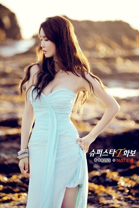 Lee Da Hae Looks Gorgeous in Latest Photo Shoot