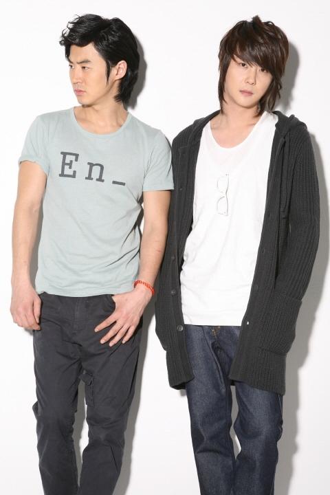 Shinhwa Members Shin Hye Sung and Jun Jin Reunite After Four Years