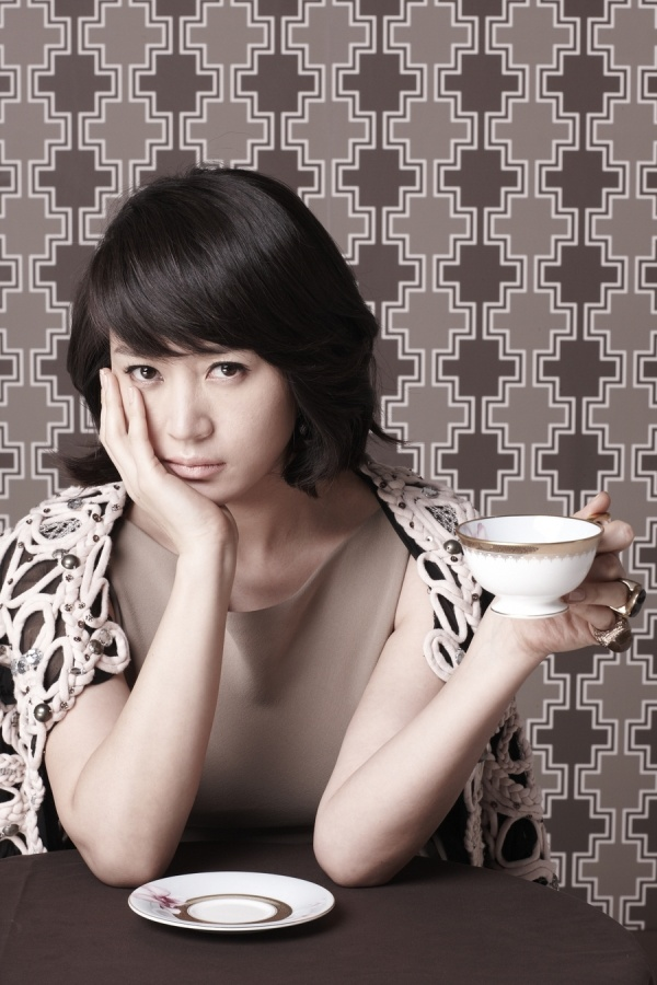 Kim Hye Soo Garners Attention for Past Pictures