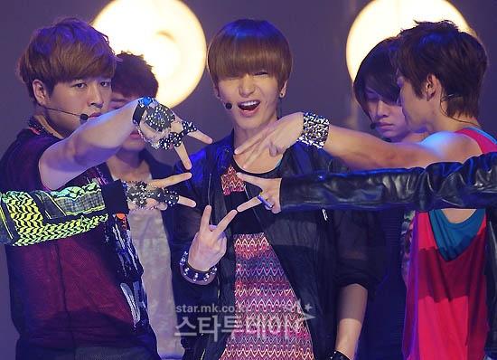 Mnet M Countdown 08.18.2011