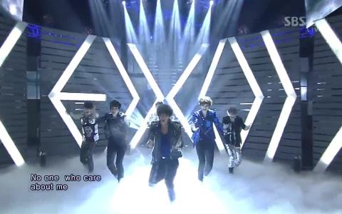 "EXO-K Performs ""MAMA"" on Inkigayo"