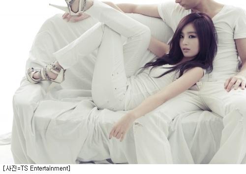 Secret's Sunhwa Reveals Her Lovely Body