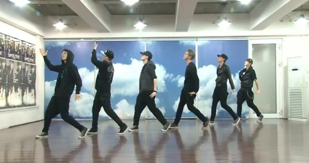 Can You Tell the Difference between EXO-K and EXO-M's Dance Choreography?