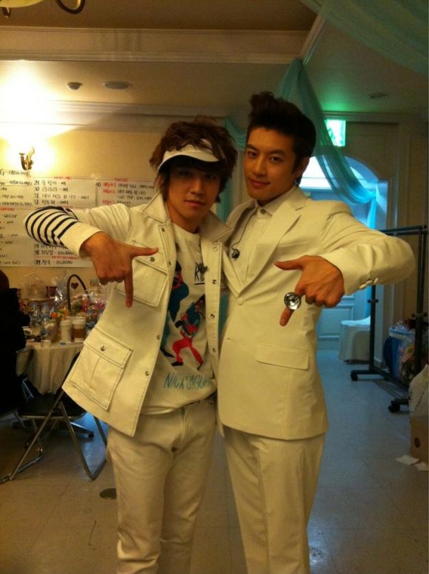Big Bang's Seungri Shows Support for Se7en