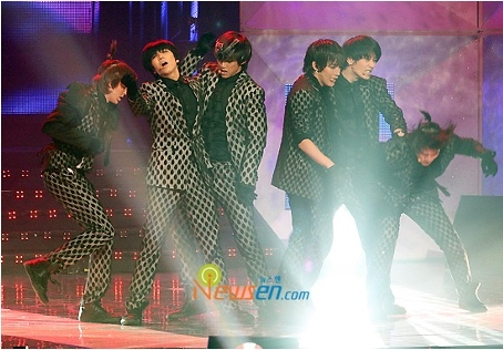 2PM's Comeback Performance On Mnet 'O Good Concert'