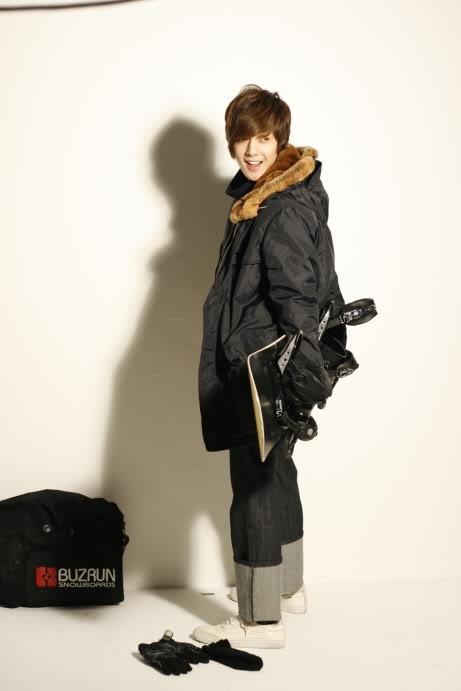 MVIO CF Behind The Scenes (Kim Hyun Joong)