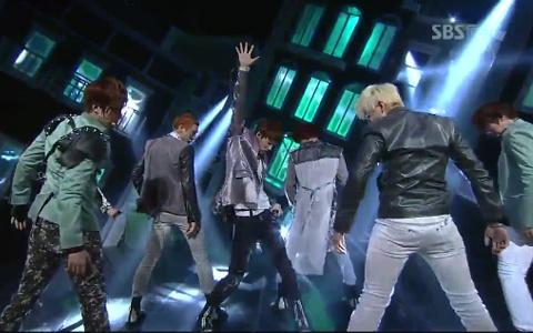 "U-KISS Performs ""DORADORA"" On Inkigayo"