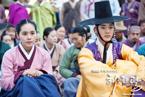 """""""The Moon that Embraces the Sun"""" Records Personal High of 42.5% with Real-Time Ratings"""