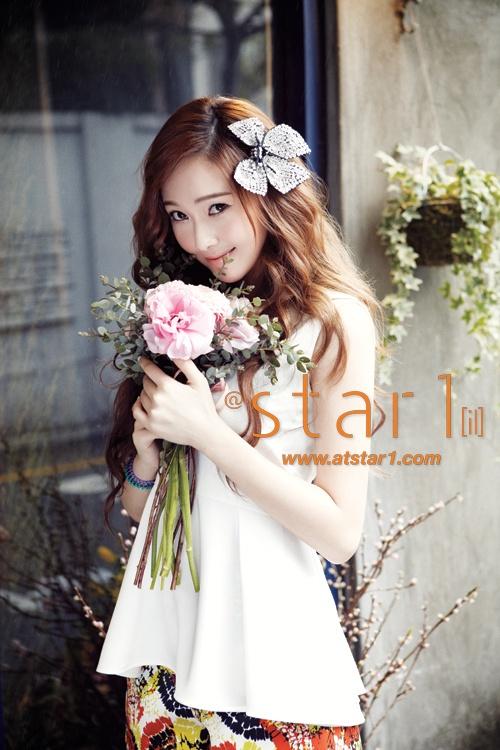 Girls' Generation Jessica Looks Like a Sensual Spring Goddess