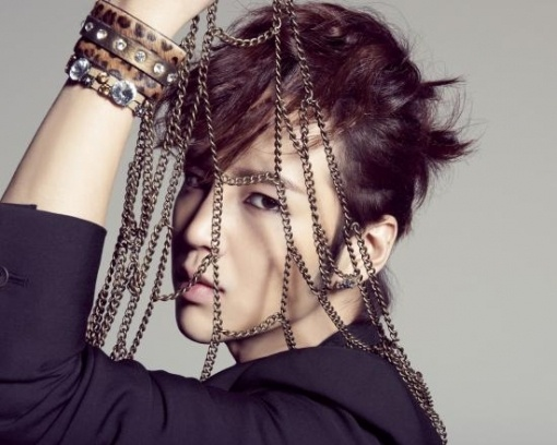 "Jang Geun Suk Reveals ""Just Crazy"" Album Poster"