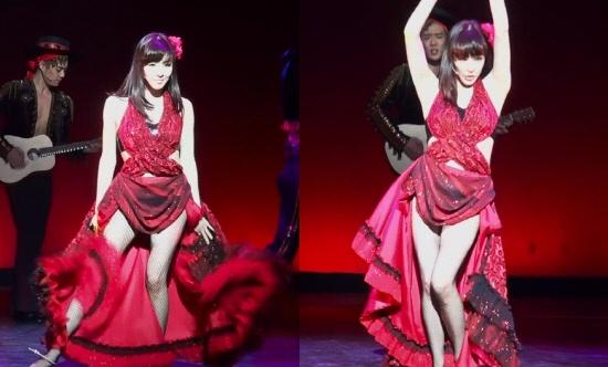 Girls' Generation's Tiffany in Fishnet Stockings Make Fans Go Wild