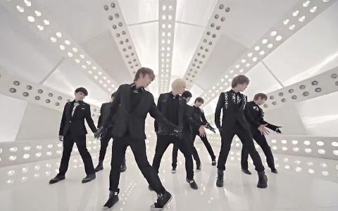 "Eat Your Kimchi Reviews Super Junior's ""A-Cha"" MV"