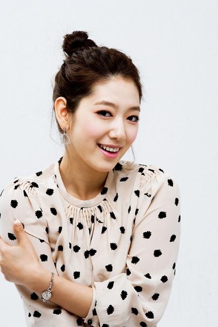 """You're Into Me's"" Park Shin Hye Struts the Runway in Beijing"