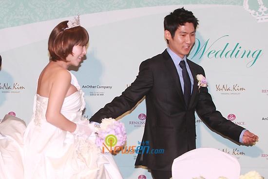 Wedding Press Con + Ceremony 04.11.10 (Im Hyo Sung & Shoo)
