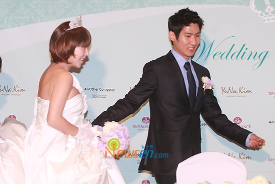 Wedding Press Con + Ceremony 04.11.10 (Im Hyo Sung & Shoo)
