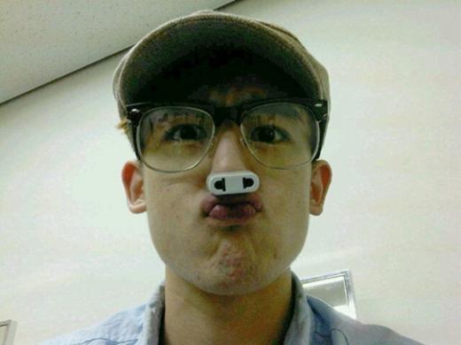 Nichkhun Gets a Piggy Nose?