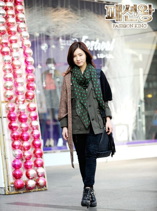 "More Photos of Shin Se Kyung in ""Fashion King"" Revealed"