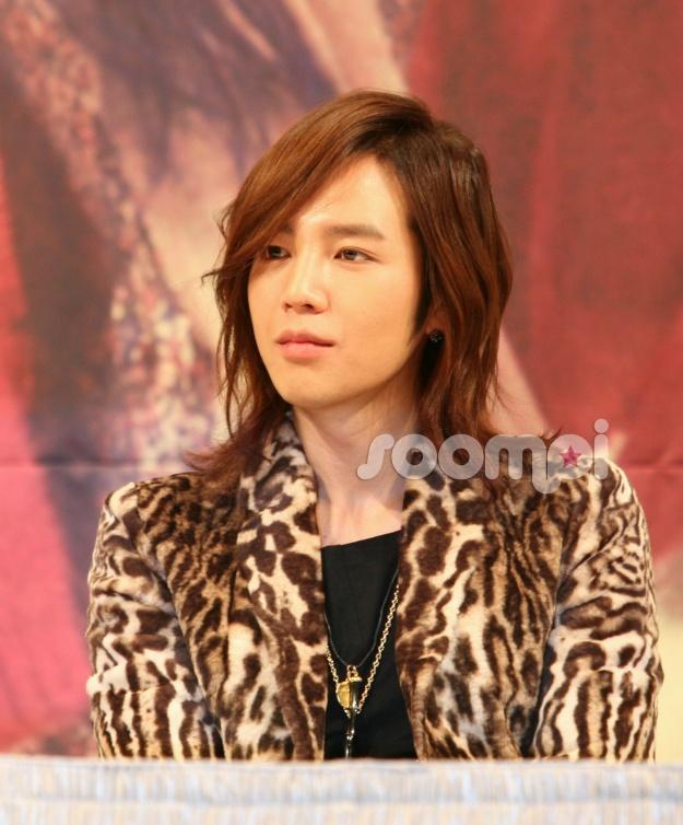 Korean Celebrities Respond to Japanese Disaster