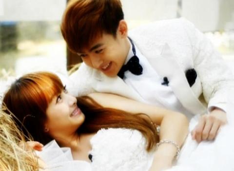 2PM's Nichkhun and f(x)'s Victoria to Split!
