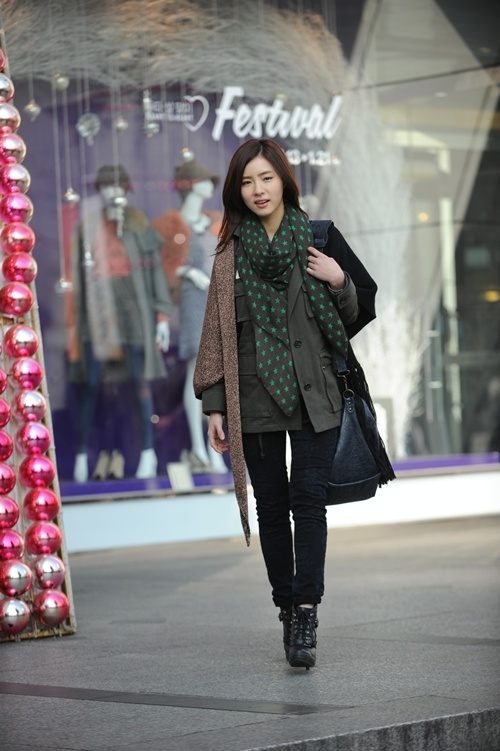 """First Look into Shin Se Kyung in """"Fashion King"""""""