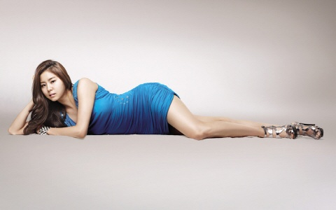 Uee's Turns Slim Due to Golf and Yoga?
