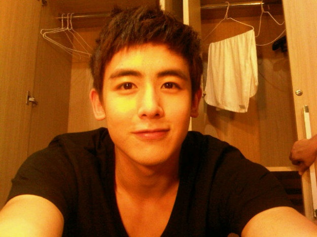 2PM's Nichkhun Wonders If He Looks Good with Short Hair
