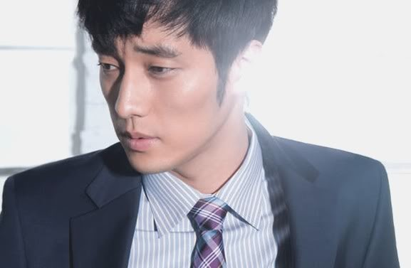 "New Stills of So Ji Sub from ""Master's Sun"" Shake Up Fans' Hearts"
