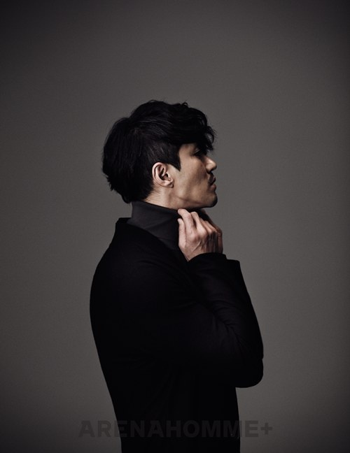 "Cha Seung Won Chosen as ""Black Collar Worker of 2011"""