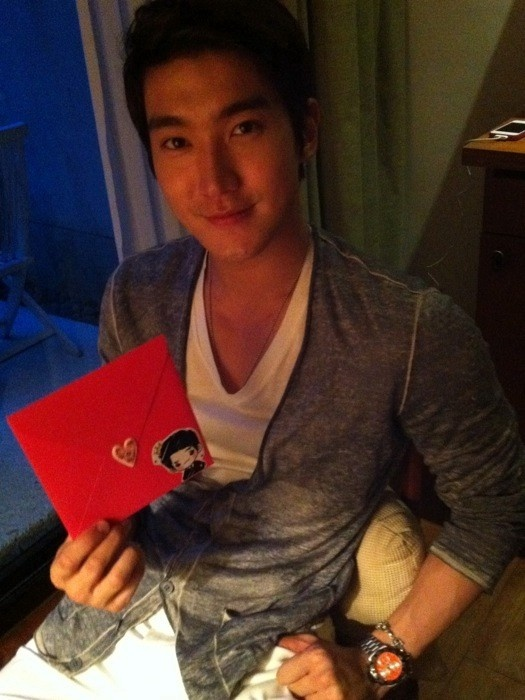 Does Choi Si Won Miss Henry Lau?