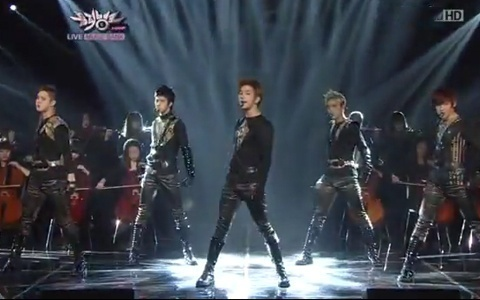 """MBLAQ Performs """"This is War"""" On Music Bank"""