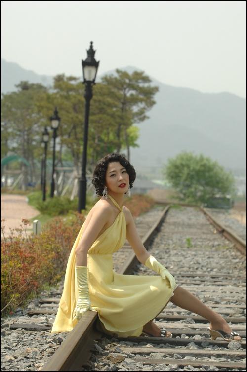 "Han Go Eun Joins Lee Ji Ah and Kim Jae Won in ""I'm a Flower Too"""