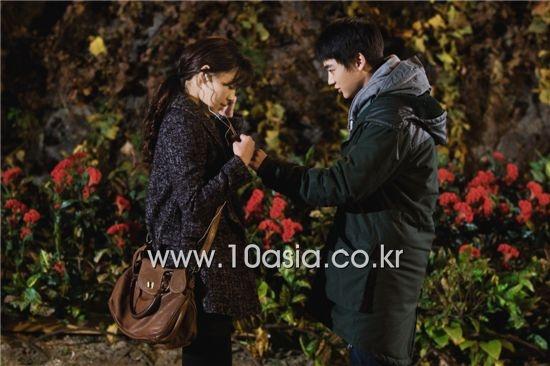 "SHINee's Minho and Han Ji Hye Film ""Pianist"""